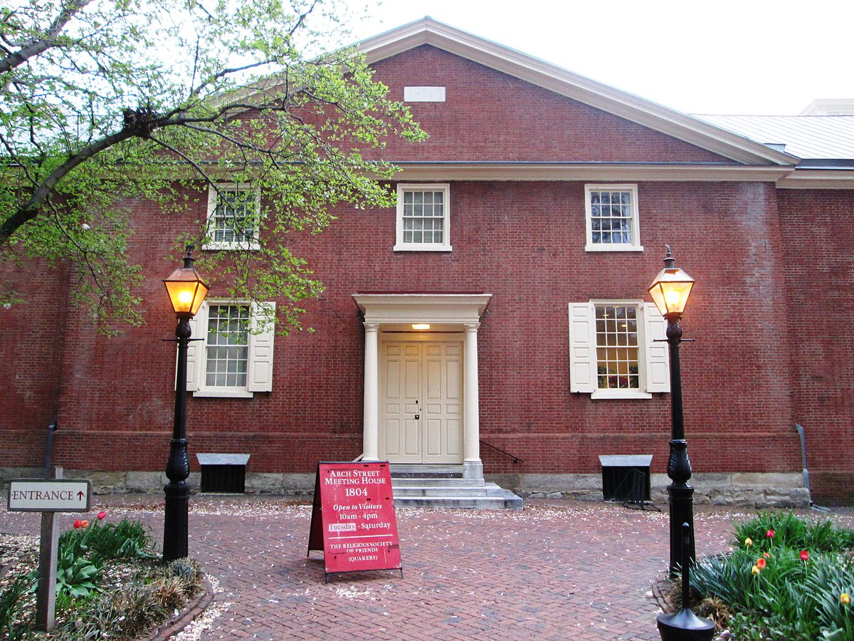 1200px-Arch_Street_Meetinghouse_from_front